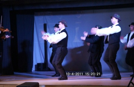 Ifjú Szívek Táncszínház – Levelek, Pozsonypüspoki