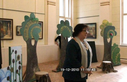 Aranykert Bábszínház: A bűvös kendő